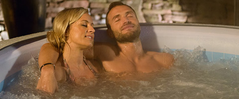 Keep yourself warm this winter with the Lay Z Spa Vegas