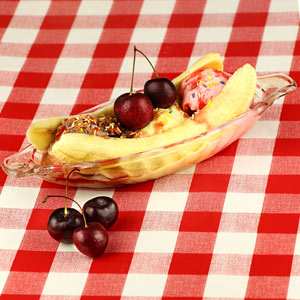 Banana Split Ice Cream Dishes