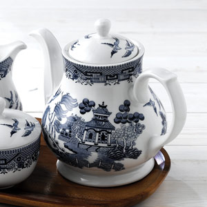 Churchill Vintage Print Blue Willow Georgian Sandringham Tea Pot 30oz / 850ml