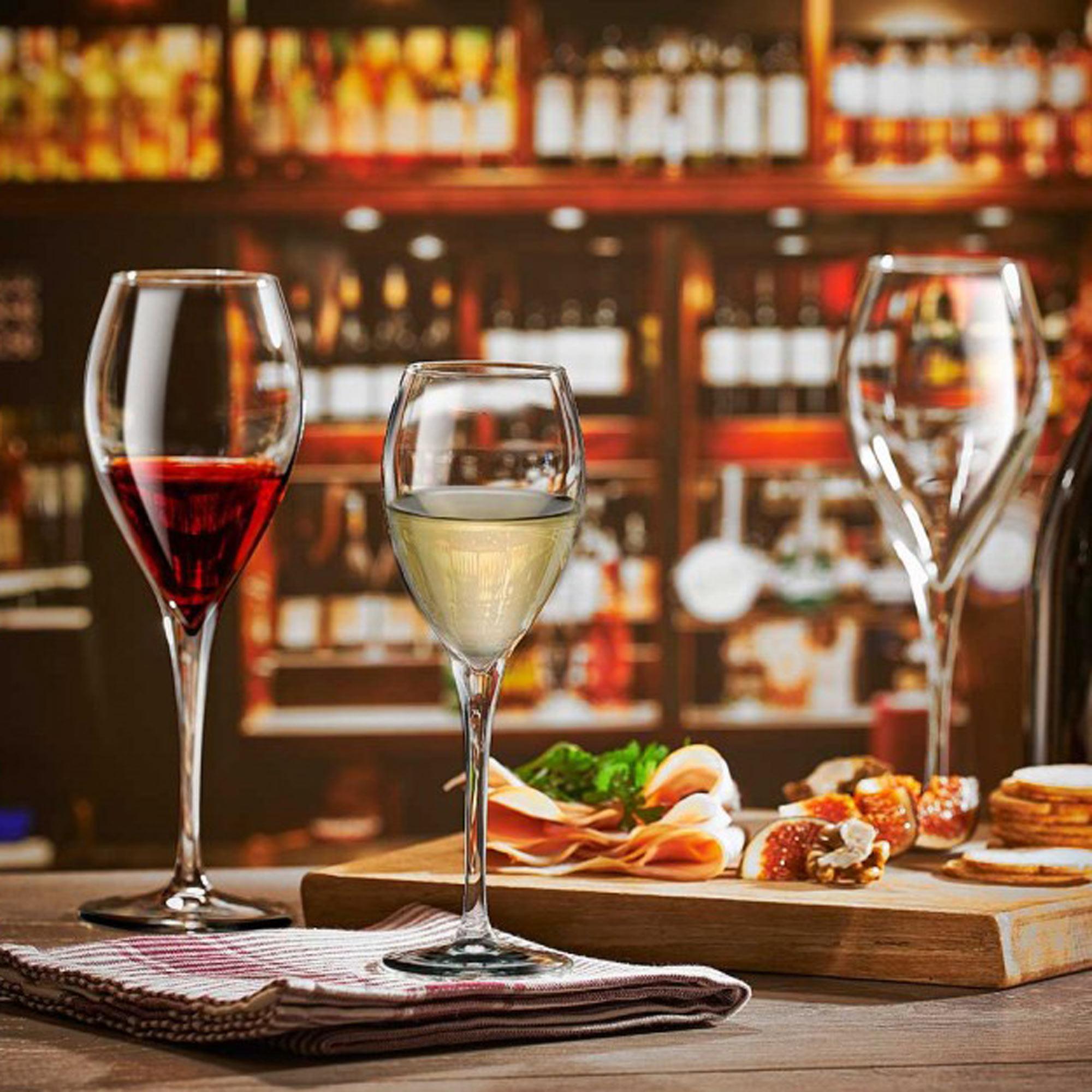Monte Carlo Christmas Party: Monte Carlo Bordeaux Wine Glasses