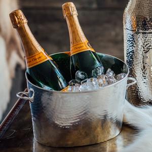 Palace Champagne Bath