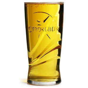 Strongbow Pint Glasses CE 20oz / 568ml