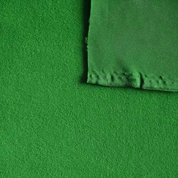 Captivating Deluxe Poker Cloth Green