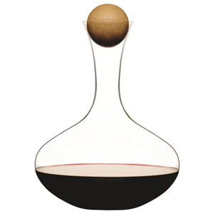 Wine Carafe with Oak Stopper (70oz / 2ltr)