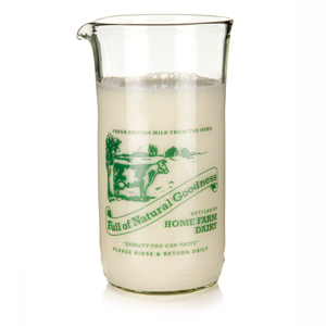 Vintage Farm Milk Pintie