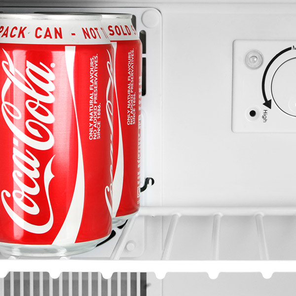 coca cola compact refrigerator chillquiet mini fridge 17ltr white quiet running mini bar