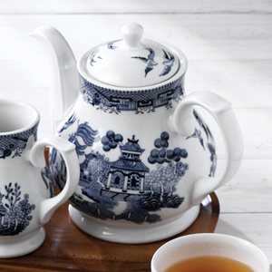 Churchill Vintage Print Blue Willow Georgian Sandringham Tea Pot 15oz / 426ml